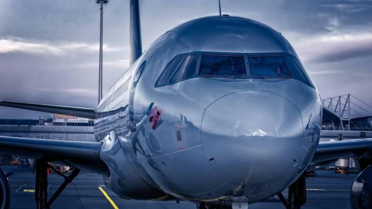 nose of jet liner