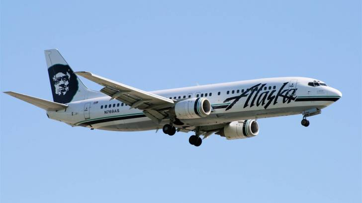 alaska airlines jet in the air