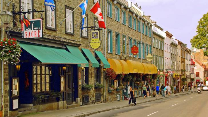 quebec canada shopping street