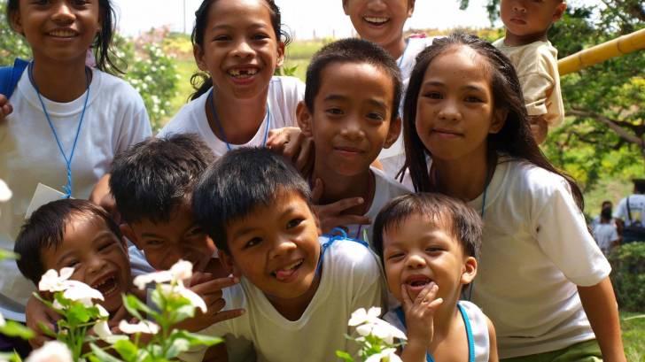 Filipino children