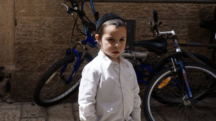 orthodox jewish little boy