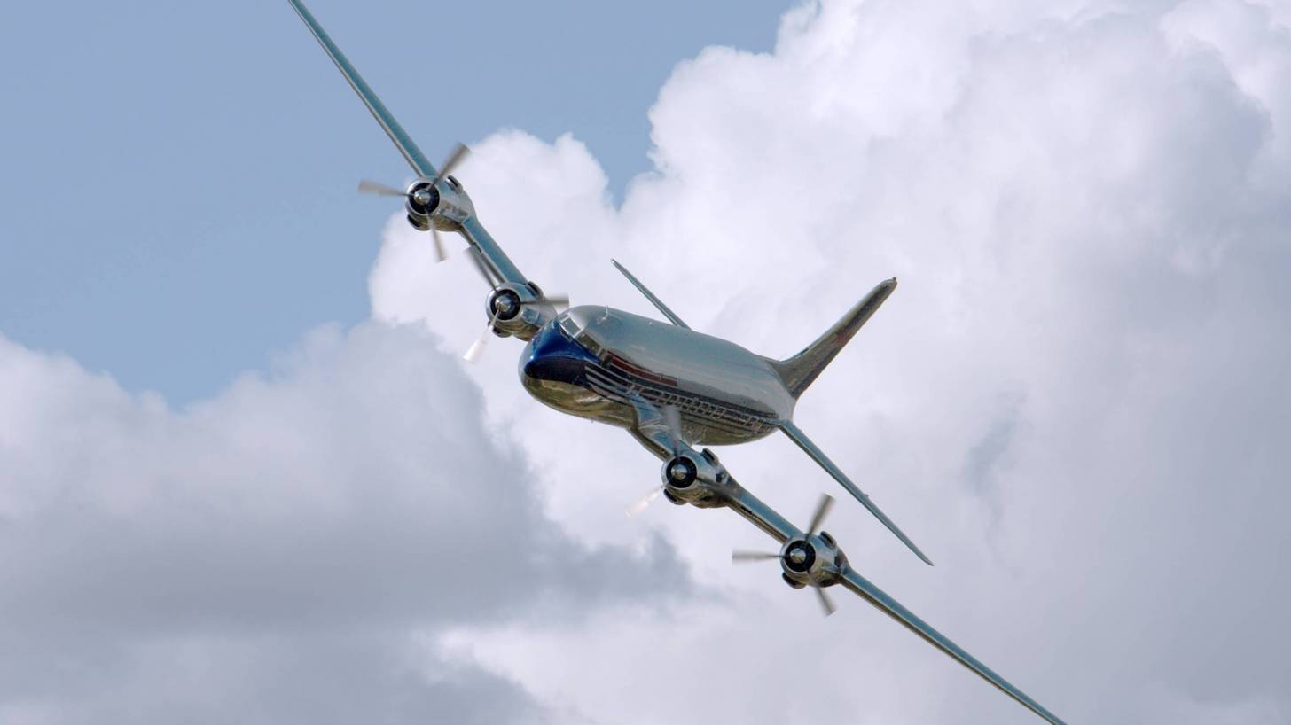 us airliner to evacuate americans from Wuhan