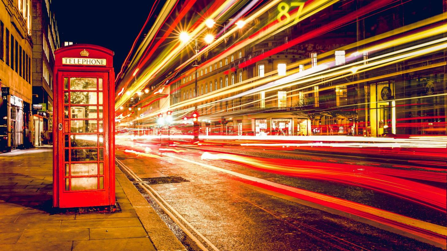 london phone booth busy traffic