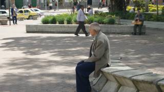 old man in park